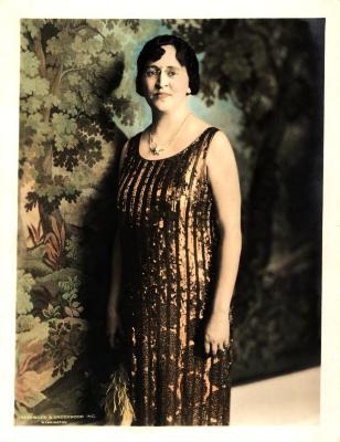 Ruby Lee Minar Portrait (Color)