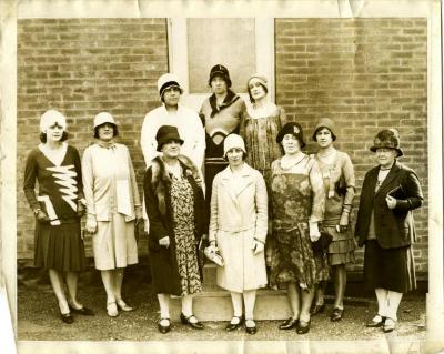 """""""Organized Women Voters of Arlington County Executive Committee, September, 1929"""""""